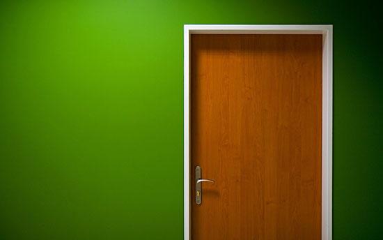 closed_door