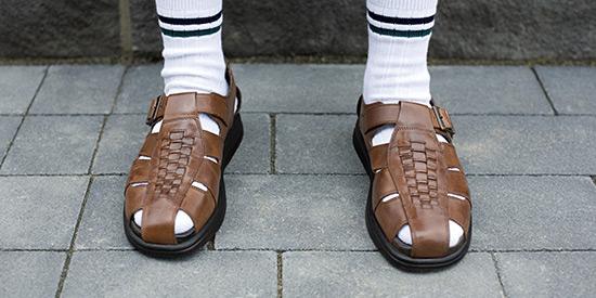 sandalssocks
